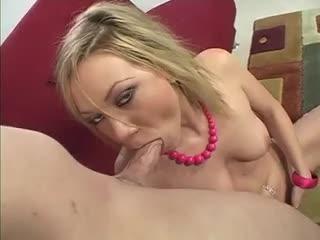 Шикарная блнда порно