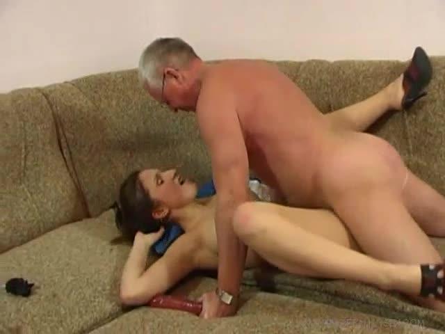 дерзкая мамаша порно